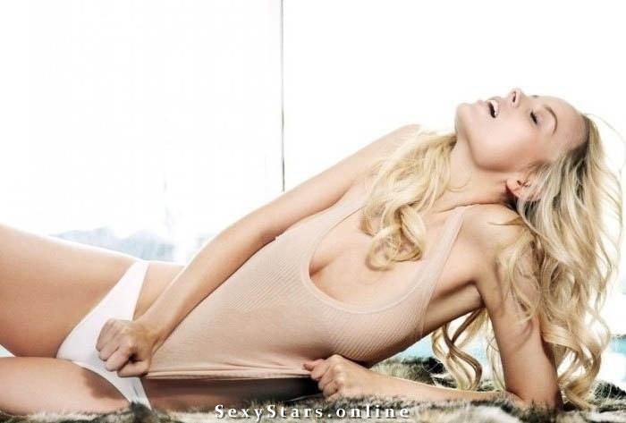 Helena Mattsson Nackt. Fotografie - 11