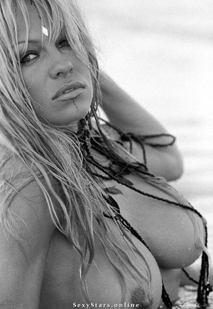 Памела Андерсон голая. Фото - 57