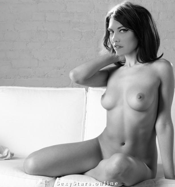Лорен Коэн голая. Фото - 40