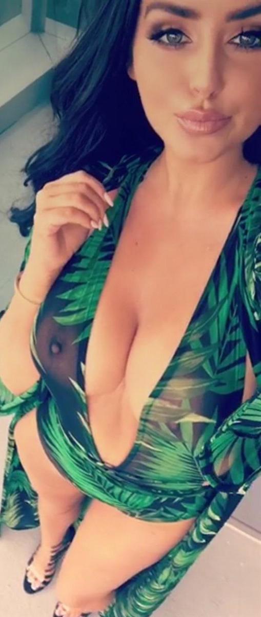 Эбигейл Рэчфорд голая. Фото - 9