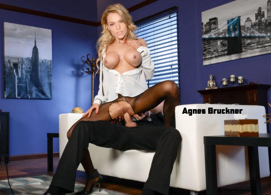 Агнес Брукнер голая. Фото - 3