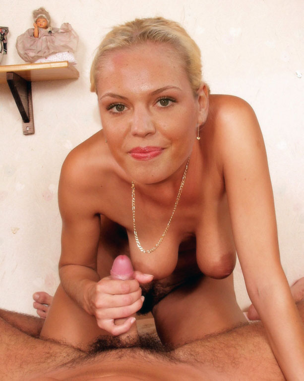 Агнес Брукнер голая. Фото - 8