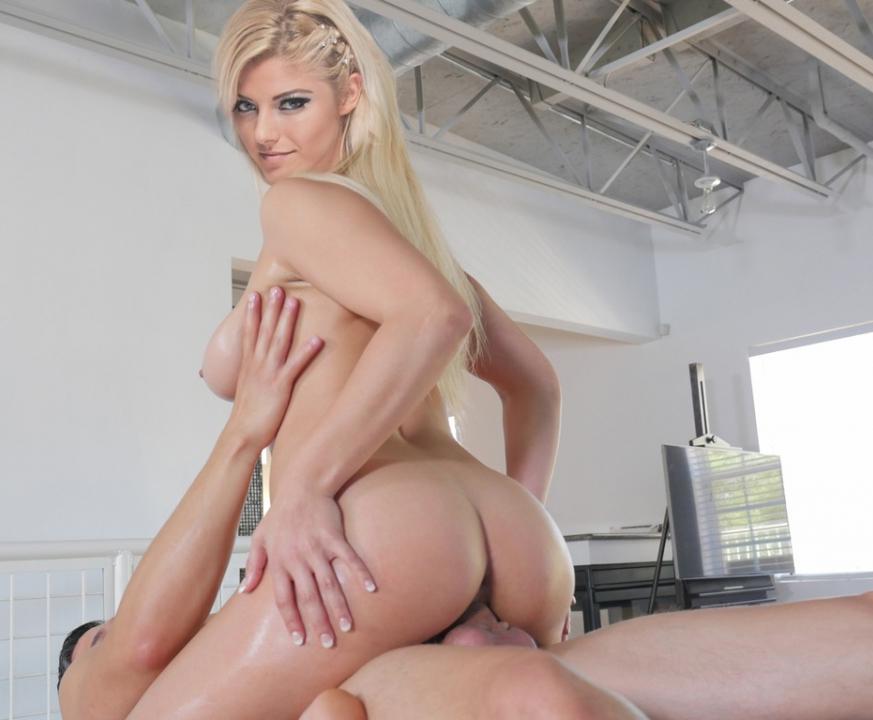 Blisd nackt alexa Hot &