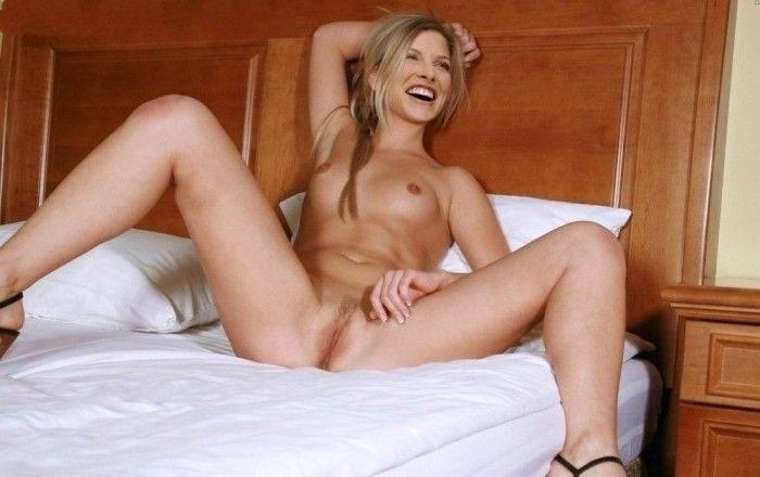 Эли Лартер голая. Фото - 30
