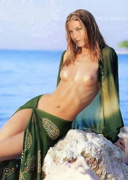 Эли Лартер голая. Фото - 5
