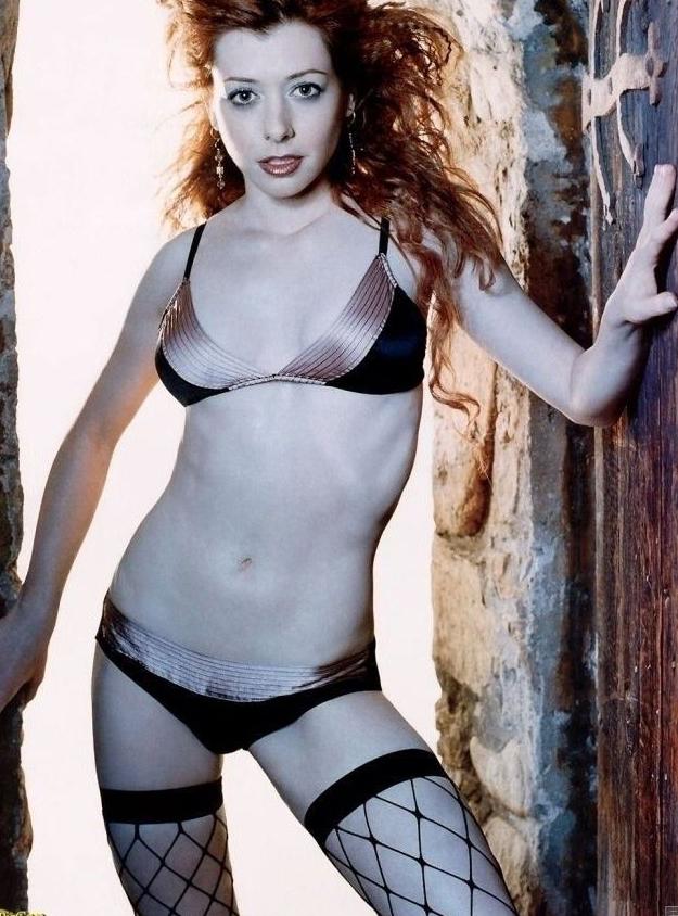 Элисон Ханниган голая. Фото - 9