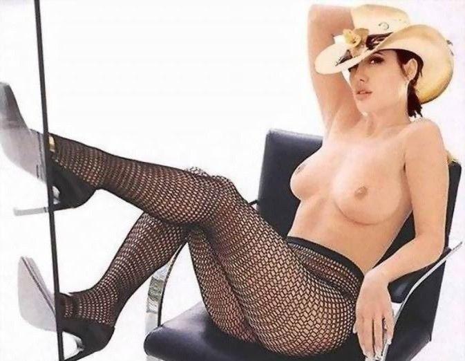 Angelina Jolie Nackt. Fotografie - 1