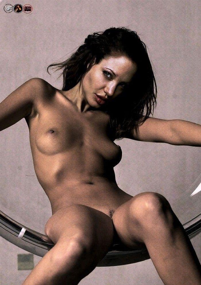 Angelina Jolie Nackt. Fotografie - 101