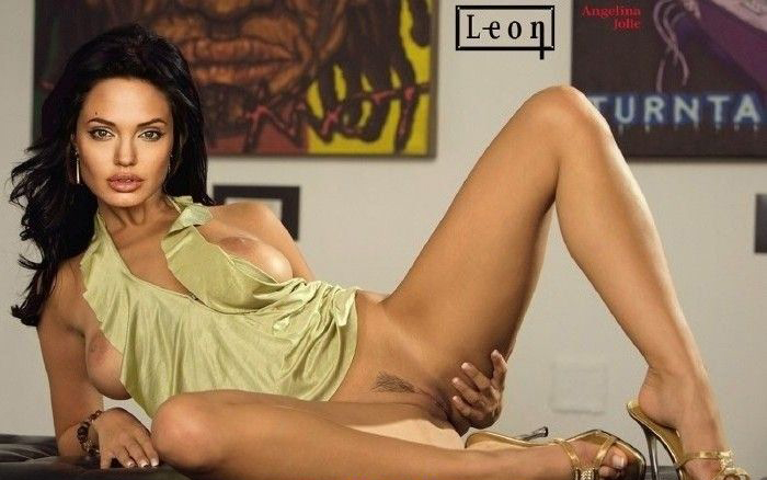 Angelina Jolie Nackt. Fotografie - 141