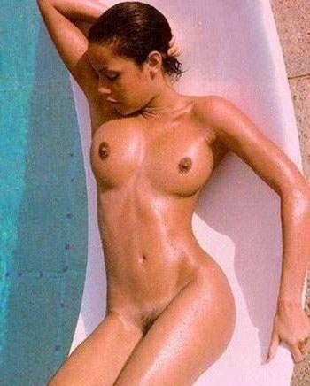 Angelina Jolie Nackt. Fotografie - 15