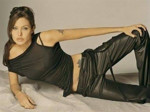 Angelina Jolie Nackt. Fotografie - 161