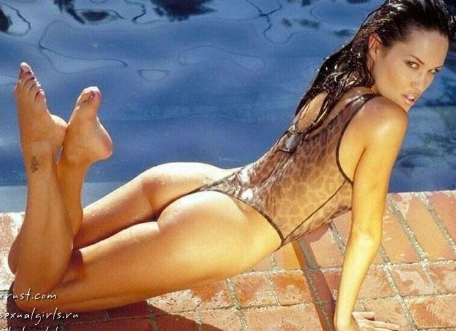 Angelina Jolie Nackt. Fotografie - 18