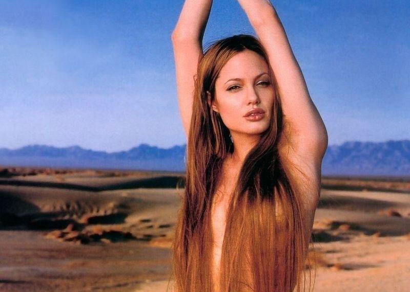 Angelina Jolie Nackt. Fotografie - 22