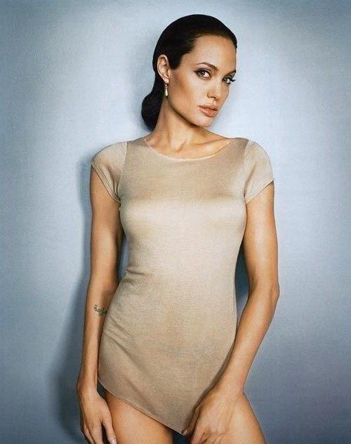 Angelina Jolie Nackt. Fotografie - 23
