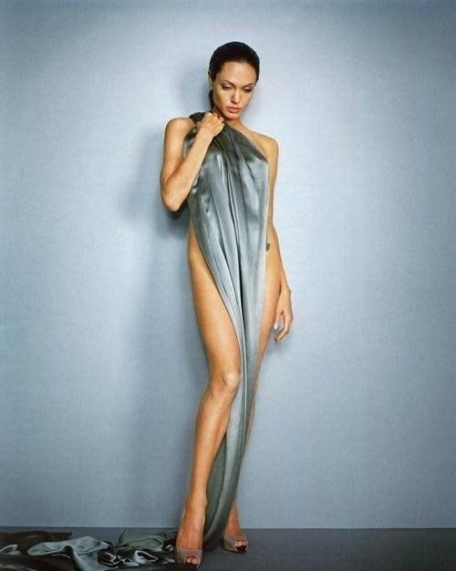 Angelina Jolie Nackt. Fotografie - 24
