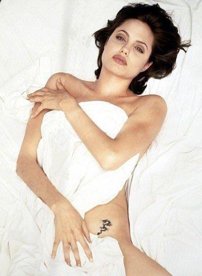 Angelina Jolie Nackt. Fotografie - 27