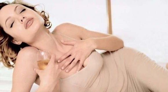 Angelina Jolie Nackt. Fotografie - 28