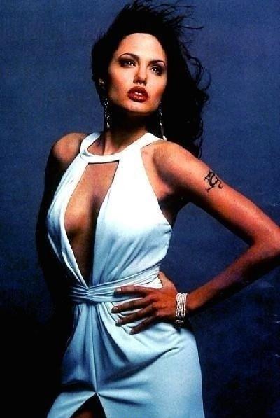 Angelina Jolie Nackt. Fotografie - 45