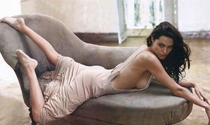 Angelina Jolie Nackt. Fotografie - 99