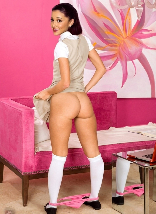 Ариана Гранде голая. Фото - 46