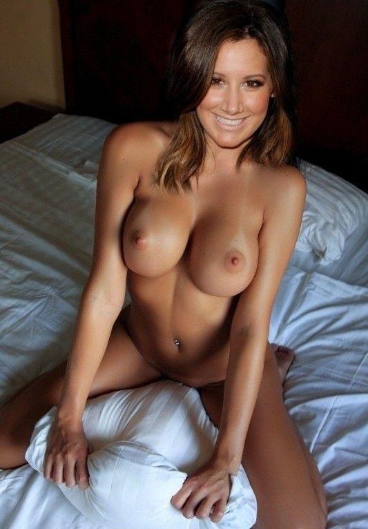 Эшли Тисдейл голая. Фото - 10