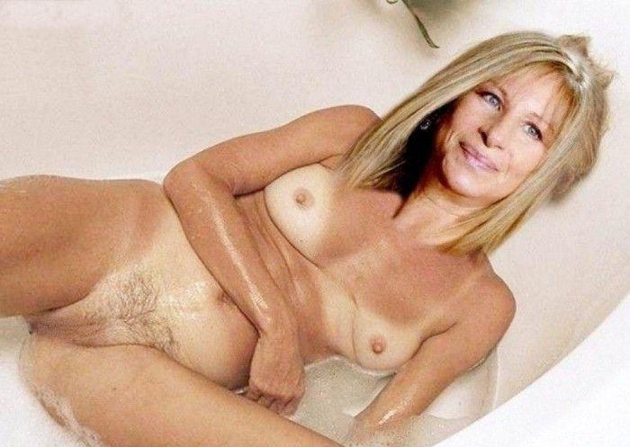 Barbra Streisand nude. Photo - 7