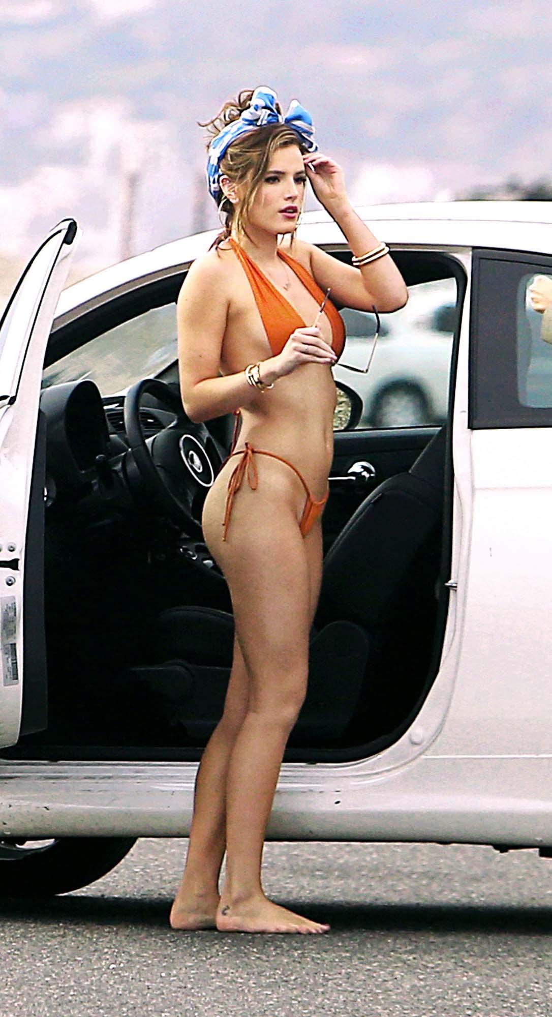 Bella Thorne nahá. Fotka - 36