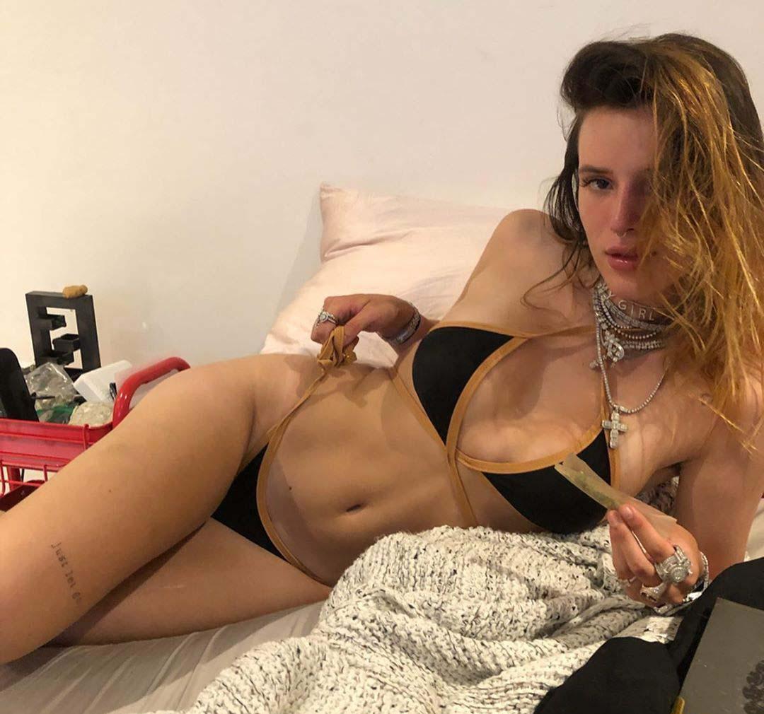 Bella Thorne nahá. Fotka - 58