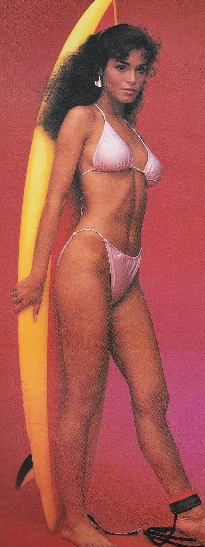 Бетси Расселл голая. Фото - 2