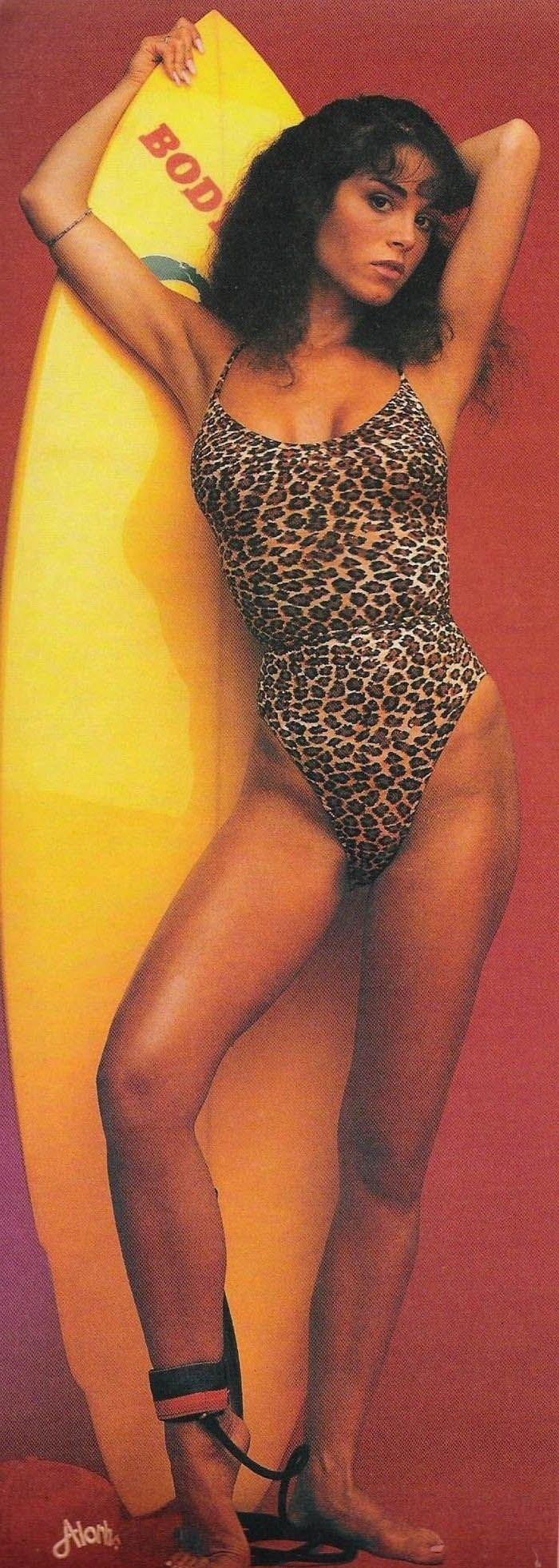 Бетси Расселл голая. Фото - 3