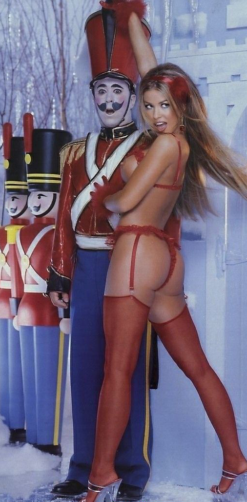 Кармен Электра голая. Фото - 37