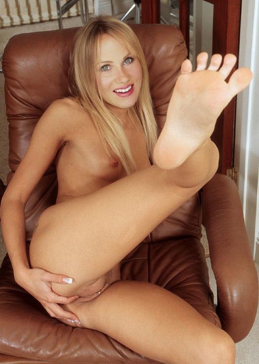 Christina Applegate Nackt. Fotografie - 100