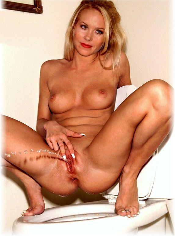 Christina taylor pussy — pic 1