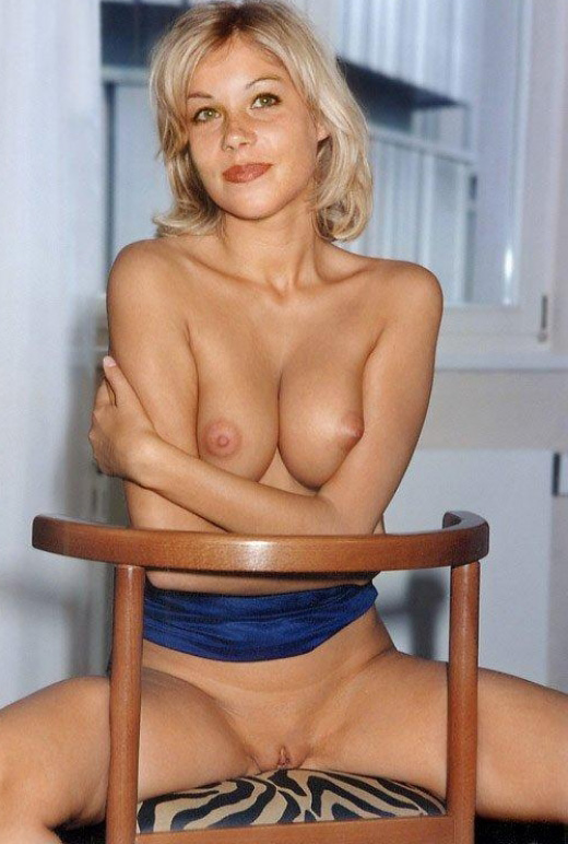 Christina Applegate Nackt. Fotografie - 118