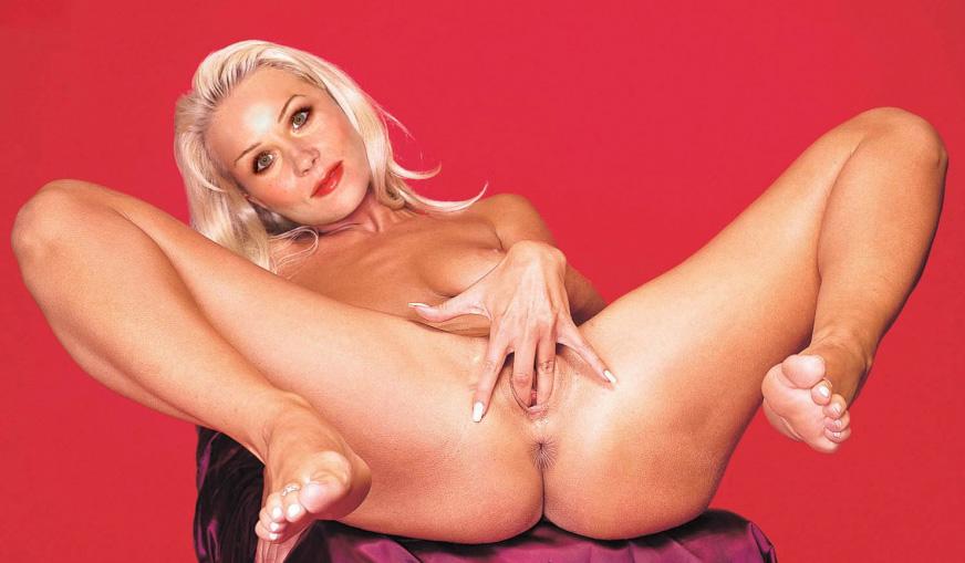 Christina Applegate Nice Tight Ass