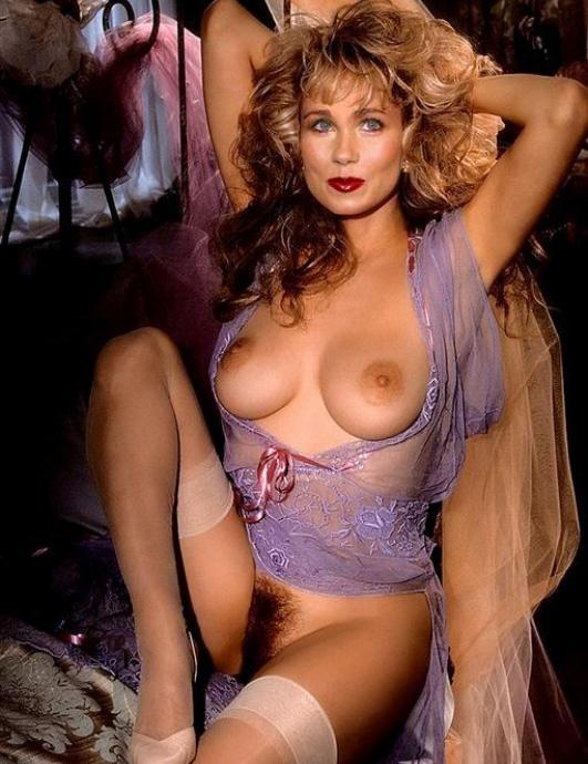 Christina Applegate Nackt. Fotografie - 263