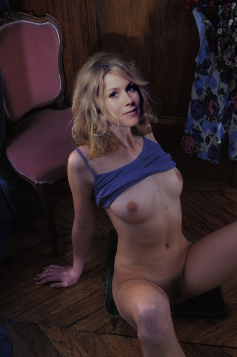 Naked Christina Applegate In Streets