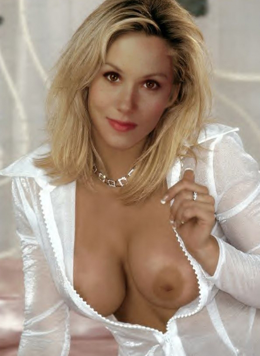 Christina Applegate Nackt. Fotografie - 42