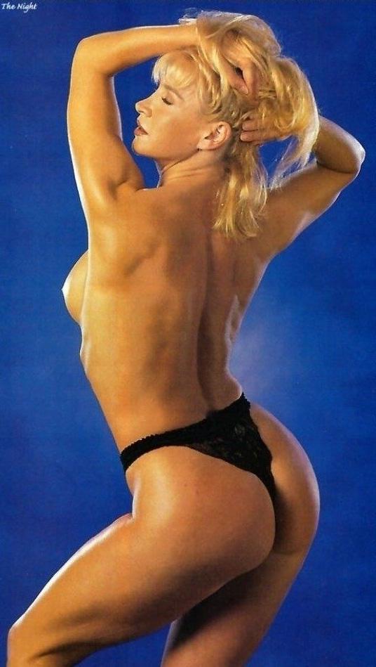 Синтия Ротрок голая. Фото - 4