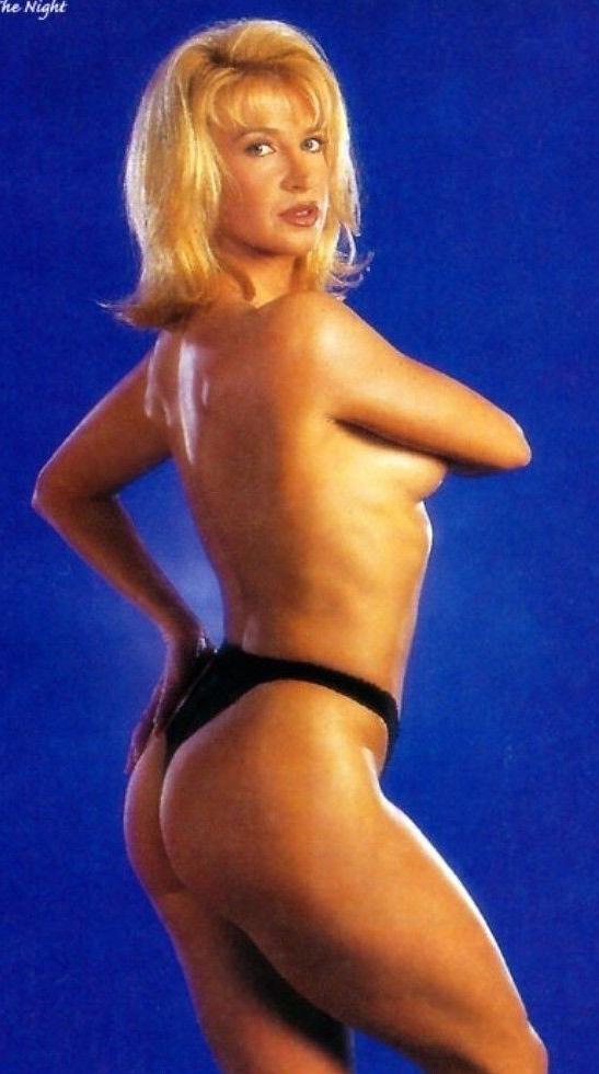 Синтия Ротрок голая. Фото - 8