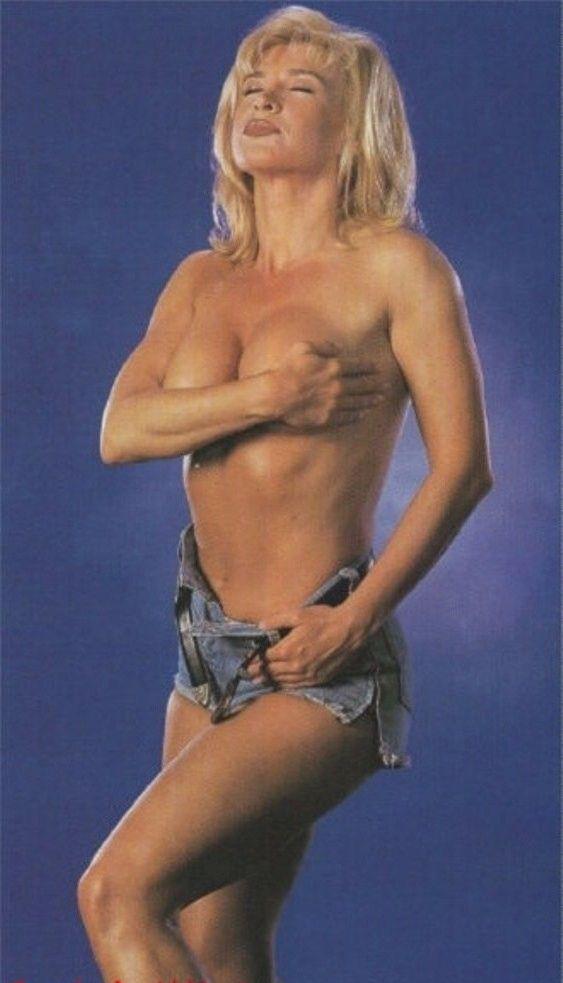 Синтия Ротрок голая. Фото - 9
