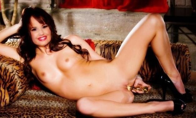 Дебби Райан голая. Фото - 29