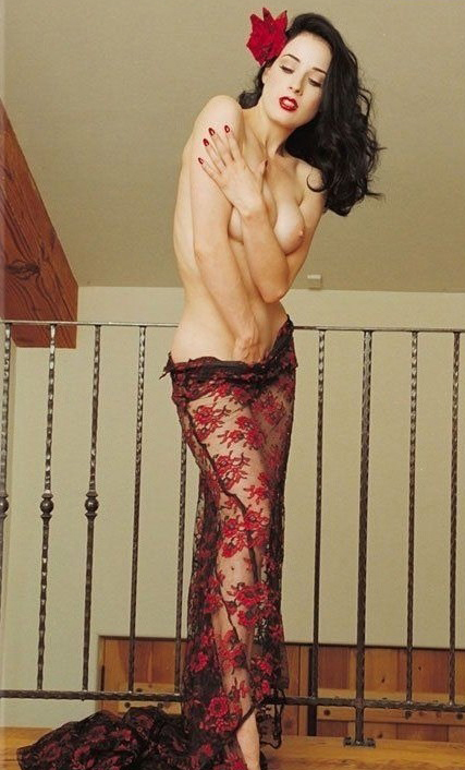 Dita Von Teese nude. Photo - 1