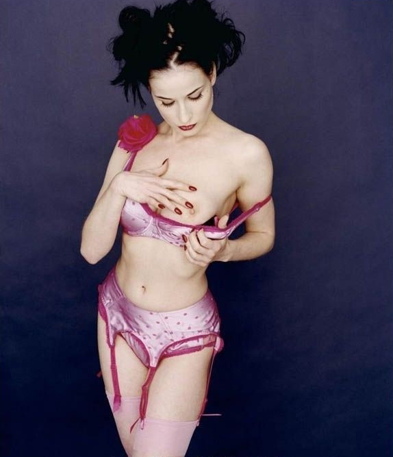 Dita Von Teese nude. Photo - 18