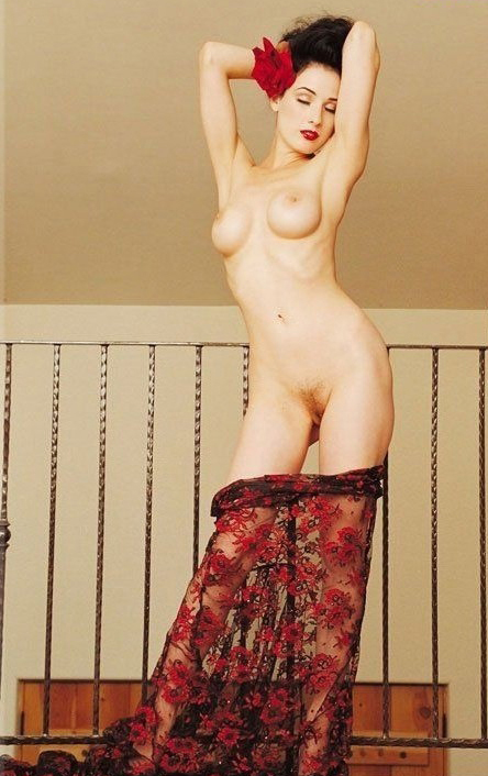 Dita Von Teese nude. Photo - 4