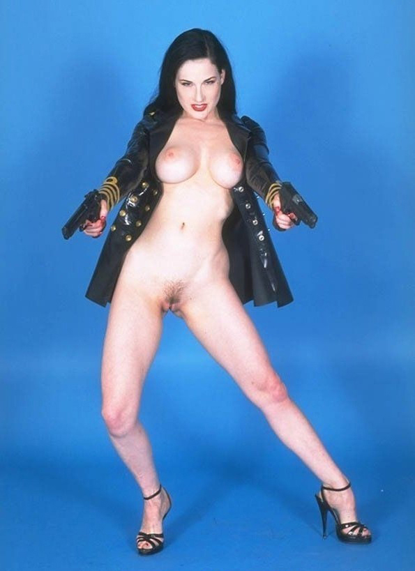 Dita Von Teese nude. Photo - 6