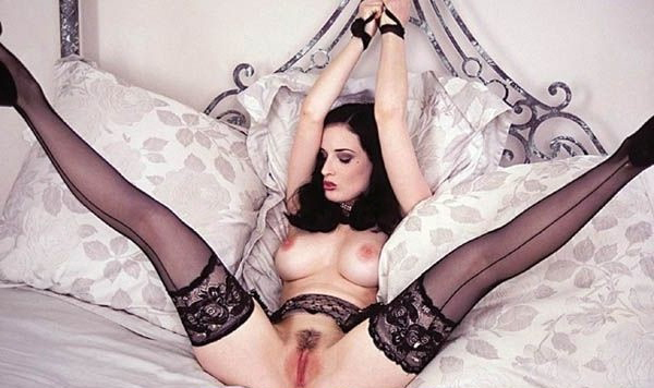 Dita Von Teese nude. Photo - 7