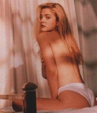 Drew Barrymore nude. Photo - 11