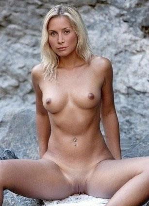 Элизабет Митчелл голая. Фото - 3
