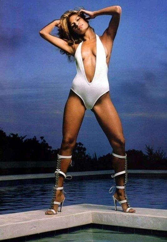 Ева Мендес голая. Фото - 10